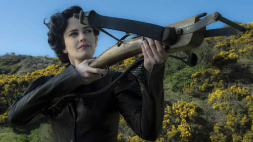 Miss Peregrine's Home For Peculiar Children TM & © 2015 Twentieth Century Fox Film Corporation. All Rights Reserved. Not for sale or duplication.